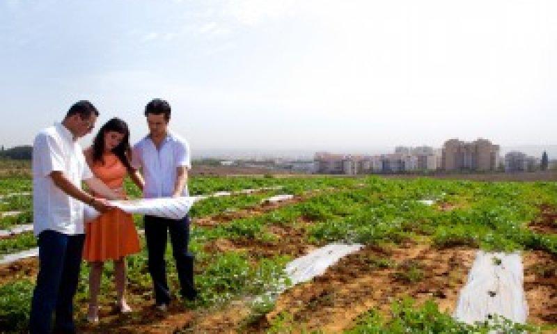 החברה למימוש קרקעות צרו קשר